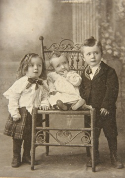 Dan, Addison & Spurgeon Livingstone - 1900