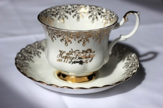 Royal Albert Bone China - Elizabethan shape - Happy Anniversary